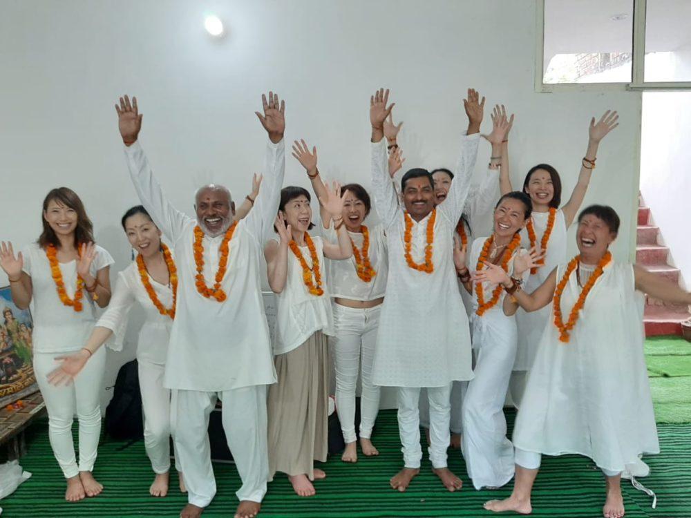 Curso Yoga en español en Rishikesh.